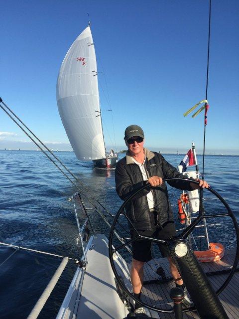 Klare til innsats: Skipper Claus Landmark fra Son og hans manskap er klare til å kjempe om VM-tittelen i offshore racing i Nederland