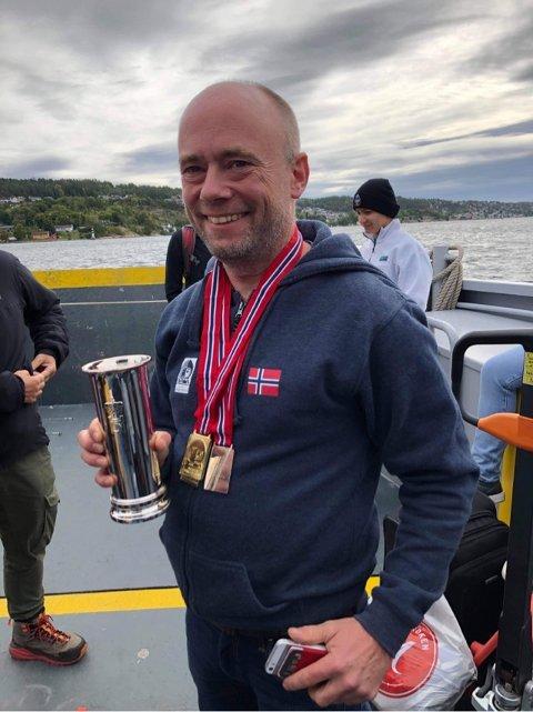 ENDELIG KONGEPOKAL: – Det var deilig å endelig vinne kongepokalen, sier undervannsfotograf Rune Edvin Haldorsen fra Nesodden.