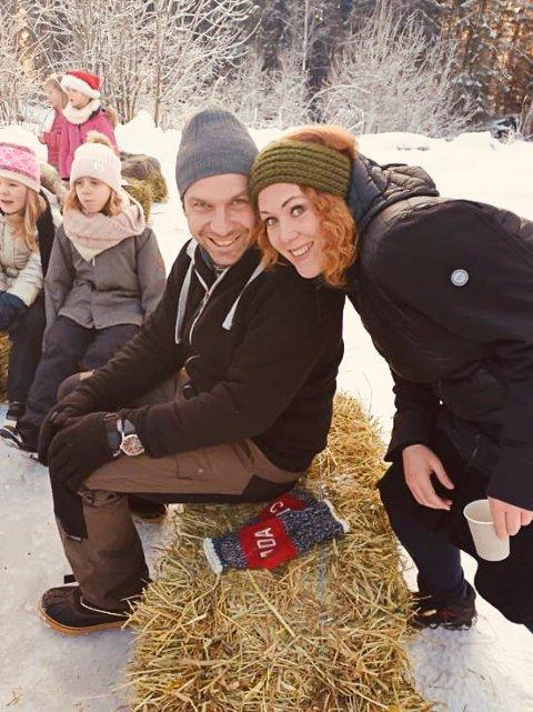 FORNØYDE ARRANGØRER: Mads Remi Johnsrud og Linda Nordseth.