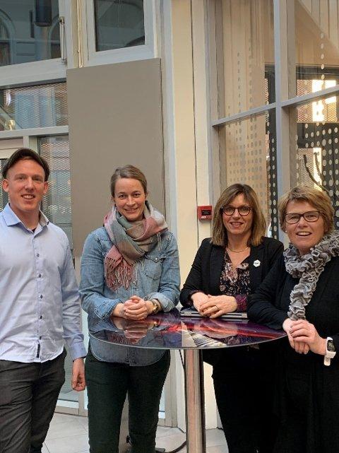 På bildet: Andreas Amb, Julie Engeloug, Berte S. Helgestad, Heidi T. Karlsen.