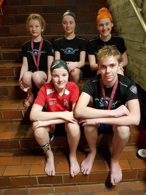 Trio-svømmarane Heida, Ellen, Mari, Andri og Brynjar deltok på Låmø-kvalifiseringsstemne på Karmøy førre helg.