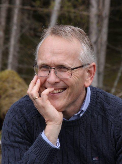 KIRKEAKADEMIET: Domprost Kjetil Haga snakker om hvordan man kan sikre en god folkekirke også i framtiden.