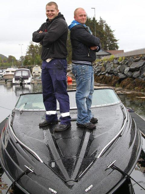 Dan Roger Book og Henning Solheim er arrangørar av Florø Poker Run, saman med Anders Cassells og Elise Vee. Foto: arkiv