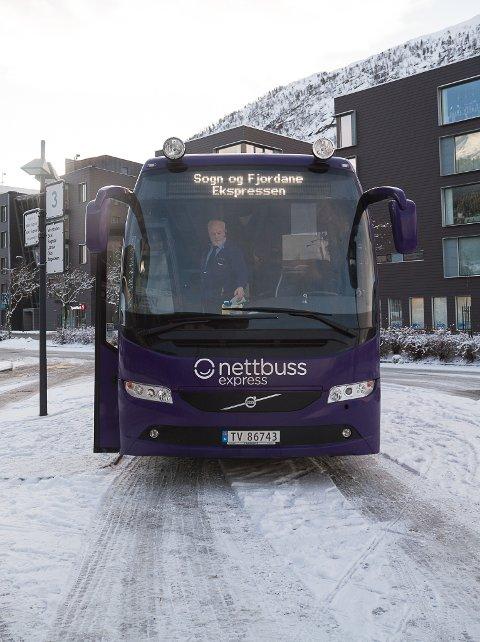 KONTROLL: Frå torsdag er det storkontroll på beltebruk på buss.