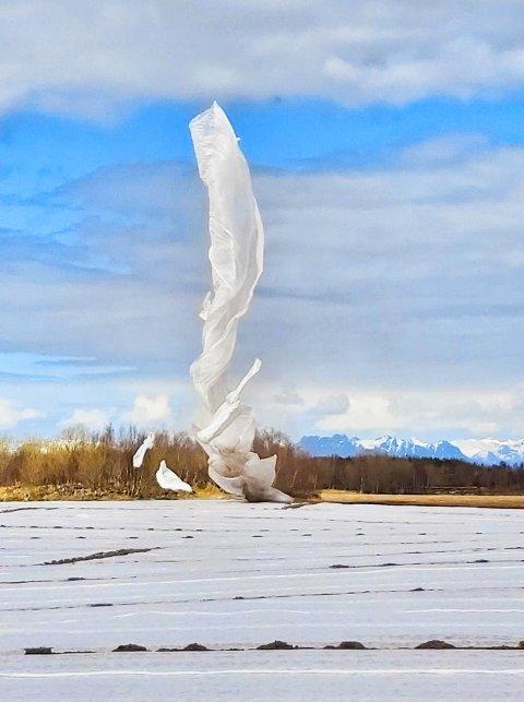 Her svever duken til værs. Foto: Instagram Åpentlandskap