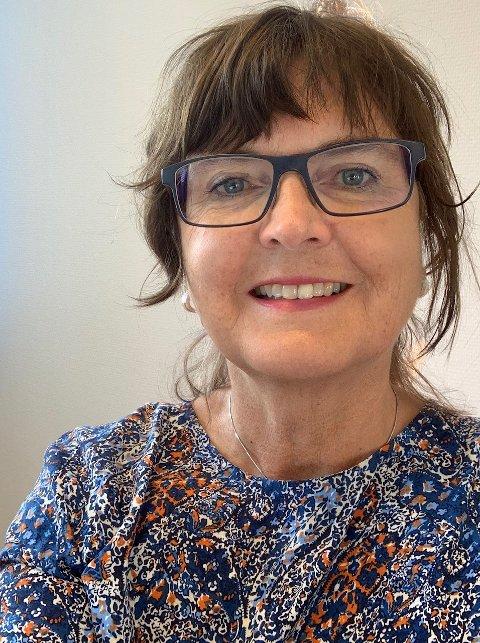 GODT FORNØYD: Anna-Merete Brusletten, kommunalsjef Oppvekst og kultur i Nord-Aurdal kommune, er godt fornøyd med hvordan fjernundervisning har virket for både elever og ansatte. Mange har gjort nye erfaringer som de vil ha nytte av videre i livet, mener hun.