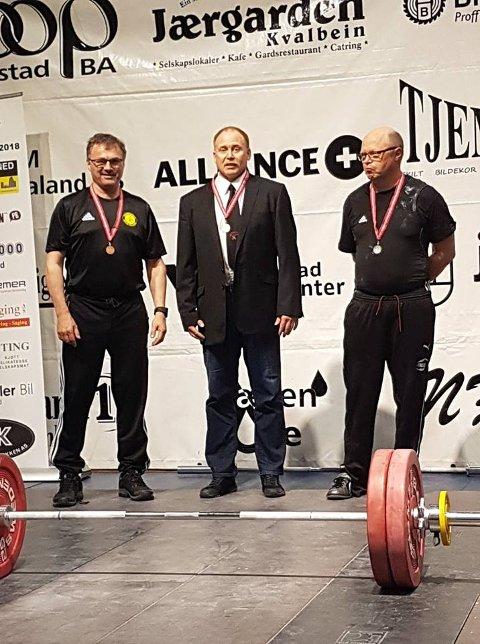 NM 2018: Dag Rønnnevik får medalje NM 2018.. FOTO: PRIVAT