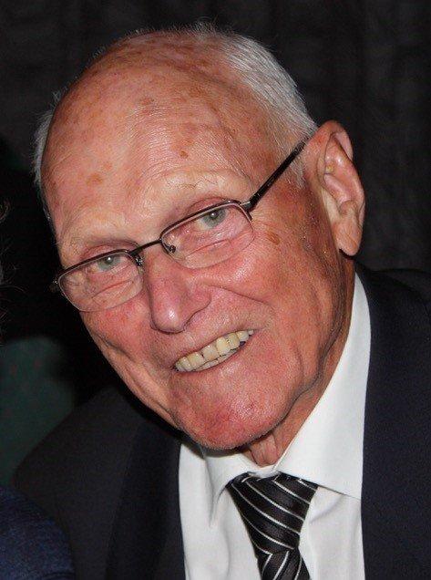 Leif Robert Hansen er død.