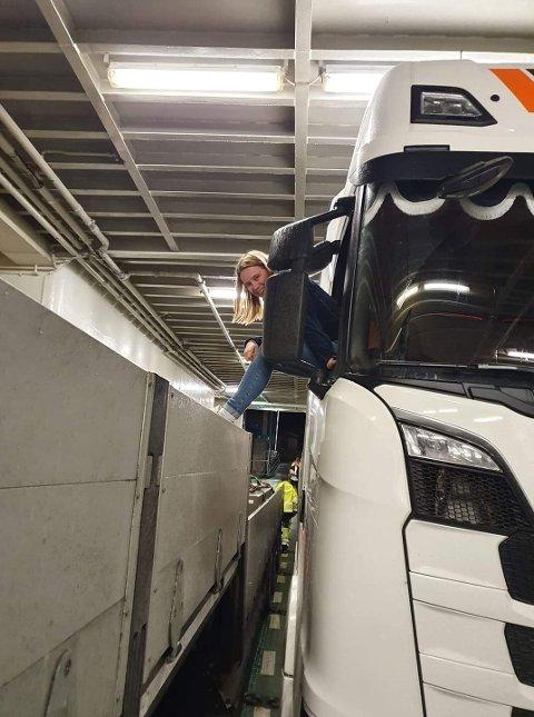 KJØRER STOR DONING: - Jeg har ønsket å bli trailersjåfør helt fra jeg var liten, sier Hege Løkkebakken.