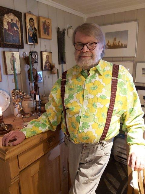 KREATIVT: Trond Einar S. Indsetviken har laget skjorte av noe folk flest forbinder med noe helt annet.