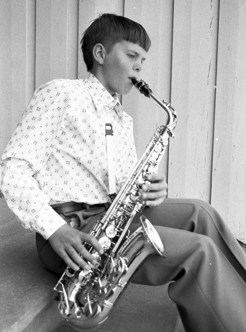 Jazzkurs: 14 år og på Kongsberg Jazzfestival. Dette er trolig første gang Dagfinn Kolberg ble avbildet i en avis. I 1975 var han på jazzkurs på festivalen i Kongsberg. Foto: Jan Rasmussen