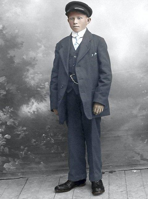 Fridjof Adolf Raanes var konfirmant i Gildeskål i 1917.