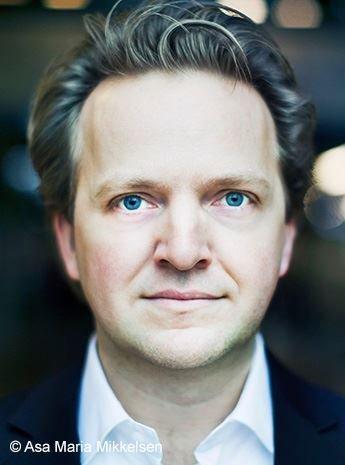 KOMMER TIL SKI: Joachim Knoph er kveldens hovedaktør under konserten i Rådhusteateret.