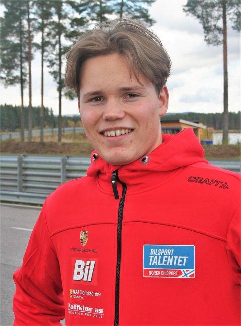 VINNER: Ola Nore Jr. er av Norgens Bilsportforbund kåret til å være «Bilsporttalentet 2020»