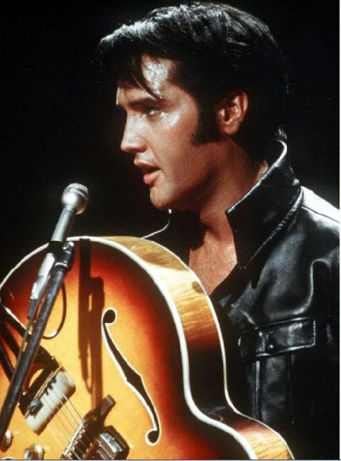 KONGEN:Det er 40 år siden Elvis Presley døde. Han ville vært 82 år idag.