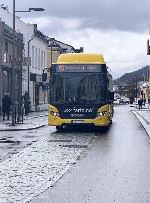 Ny gate: Bussene er for store, men klagingen har tatt overhånd.
