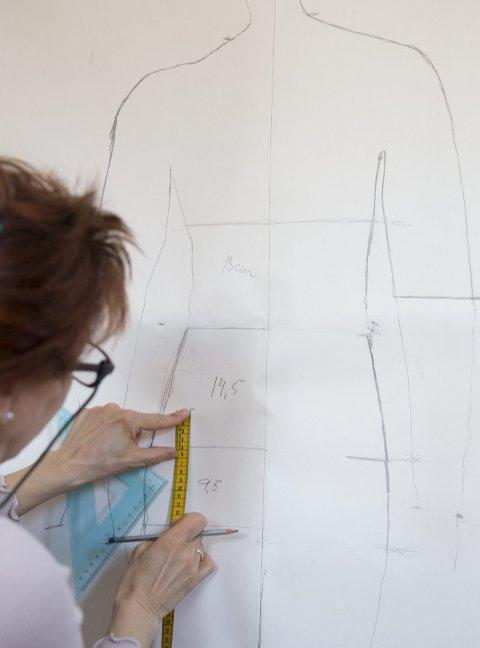 MÅLE: Ved å notere ned proporsjonene mellom ulike punkter på kroppen, er det lettere å se hva som kjennetegner din kropp.
