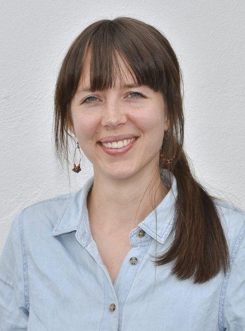 LAV TERSKEL: Det er fint å snakke med venner og voksne du stoler på, mener kommunepsykolog Marte Brenne Nordstoga.