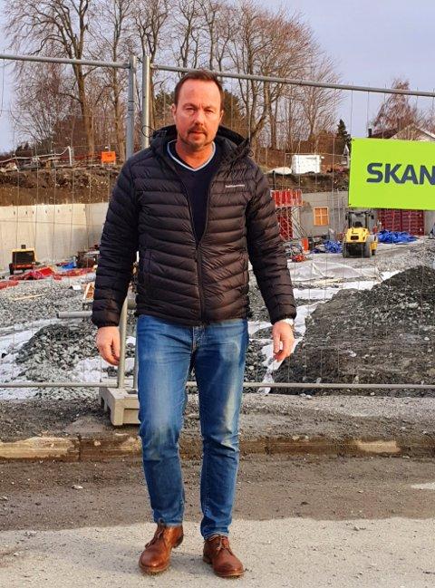 PÅ ØYNABALLEN: Høyres gruppeleder i Inderøy,  Geir Jostein Ørsjødal, har behov for å signalisere at han og hans partifeller på Innherred har vært på Øyna-ballen lenge, etter at SV fikk stor oppmerksomhet for å ha bragt saken til Stortinget i forrige uke.