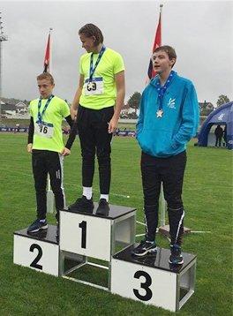 Medaljevinnerne i diskos G14 med Eirik Halfdansen-Aspen, Nesodden på sølvplass.