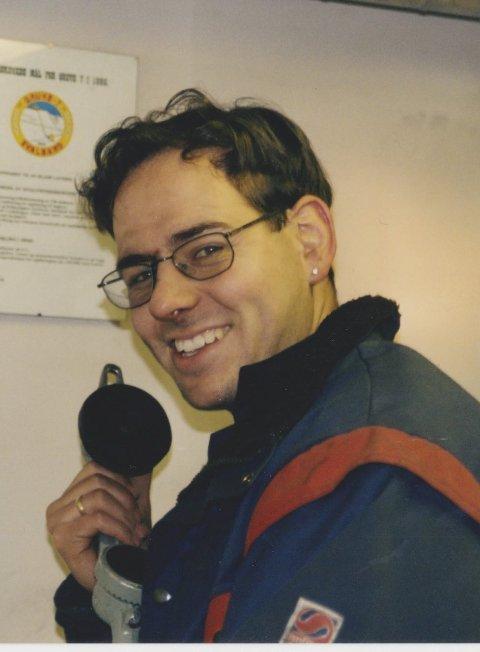 Bilde er teke på Svalbard då Thomas Addison jobba i gruvene på Svalbard. Jobben har krevd mykje reising - både innlands og utanlands.