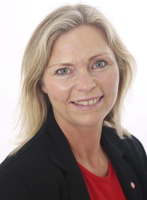 I haust søkte Ragnhild Bjerkvik frå Haugesund jobben som ny kommunedirektør i Kvinnherad, og fekk den. Ho er for tida dagleg leiar i Aski AS på Karmøy.