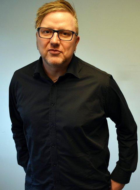 80-TALLET: Tom Erik Rønningen er journalist i Tønsbergs Blad og glemmer aldri gatekjøkkenet Dallas.