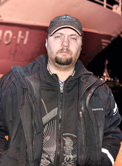 KONGEKRABBER: Svein Vegar Lyder mener det er best å oppbevare krabbene i Finnmark, særlig på grunn av bidraget det gir til lokale arbeidsplasser