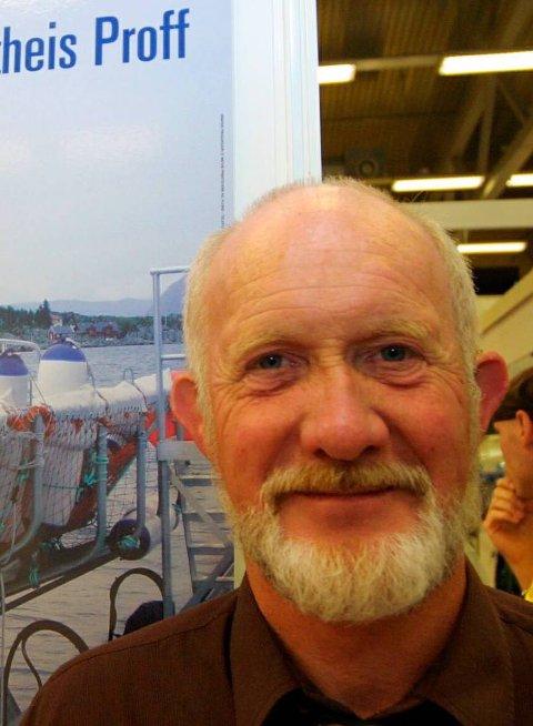 Coast innovation: Gunnar Stavøstrand har drive med oppfinningar lenge og har utvikla båtheis, forenkla ferjelem-system og fôringsmodular til havbruk.