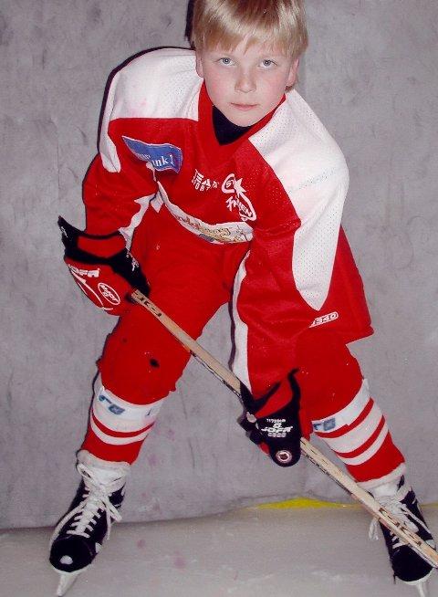 Fra hockeyskolen til kaptein på A-laget: Andreas Heier har gått gradene i Stjernen. Lørdag ble det kjent at Heier blir årets Stjernen-kaptein. (foto: Privat)
