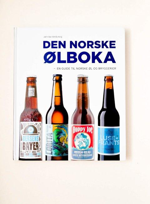 ANBEFALER ØLSTEDER: Forfatter Jørn Idar Almås Kvig anbefaler gode ølsteder i «Den norske ølboka». (Foto: Bjørn-Frode Løvlund)
