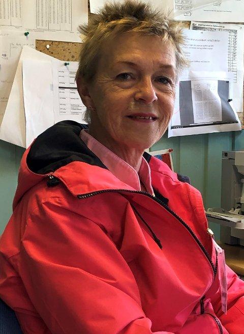 KONTROLL: Turneringsleder Mette Humphries hadde full kontroll på liten og stor på Borre golfbane.