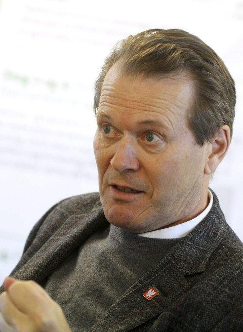 Tenkte seg om: Alf Johan Svele liker ikke at det er skapt et fiendebilde av han i Sande.        foto: jarl Rehn-Erichsen