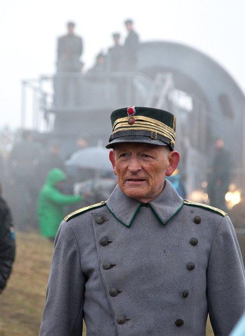 Kommer på premieren: Erik Hivju spiller oberst Birger Eriksen.