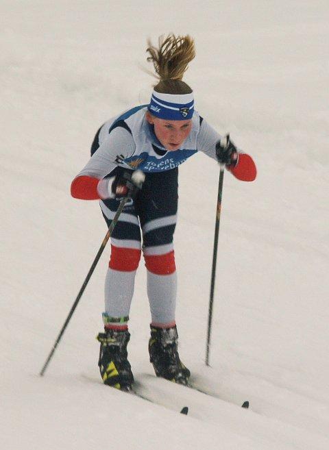 KLASSEVINNER: Kari Heggen fra Harestua IL ble vinner av klassen for jenter 12 år.