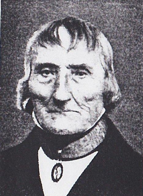 Det hersker uansett ingen tvil om at Eirik Olsen Wullum (bildet) var engründer. Da han døde i 1872, 95 år gammel, var det imidlertid ingen arbeidsplasser igjen etter hans virksomheter, skriver Kjell Roger Eikeset, konservator ved Norsk Sagbruksmuseum.