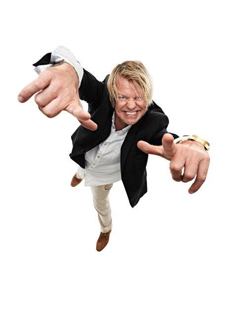 PÅ PLASS: Alex Rosén leder Brukenfestivalen på Rolvsøy i 2018.