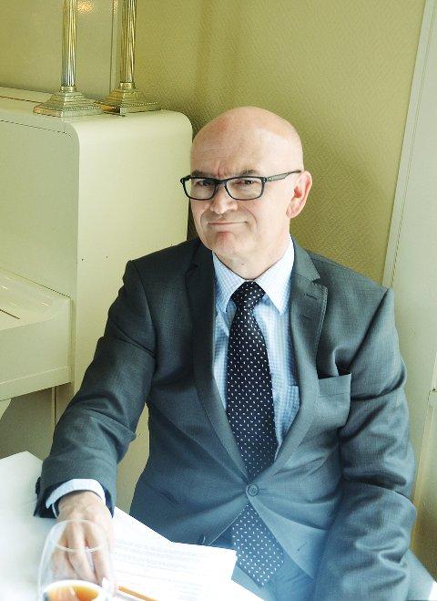 FORMUE: George Aubert mener staten bør finansiere.