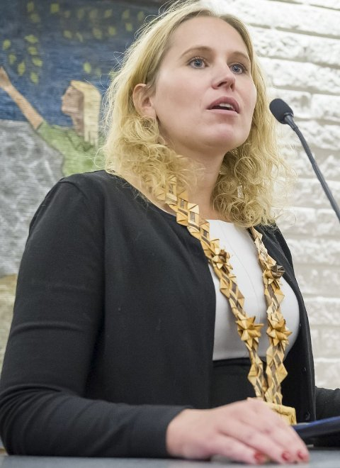 TRIST: Ordførere Kamilla Thue synes det er trist at Lorentz Moe har meldt seg ut av partiet.