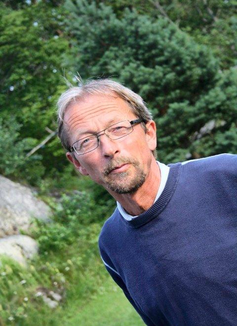 LEDER: Dag Knudsen, som leder temakvelden i Bugården kirke, innleder med et «stand up»-kåseri for klimaet.