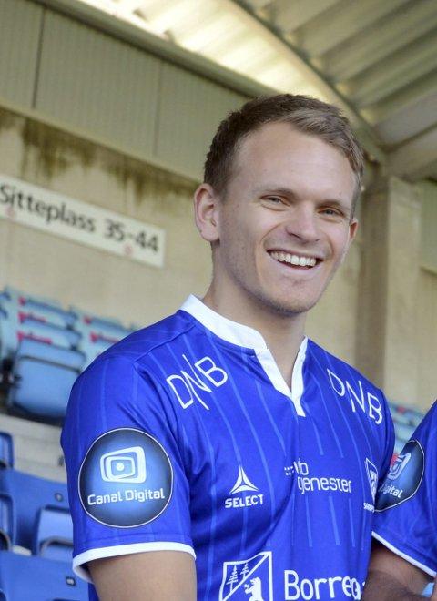 MANGE: Alexander Klaussen og Sarpsborg 08 har allerede solgt mange billetter til søndagens kamp mot Vålerenga. Foto: Ole-Morten Rosted