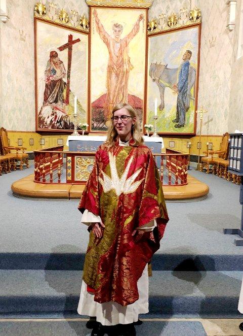 I april tiltrer Johanne Gram-Nilsen som sokneprest i Brøttum kirke.