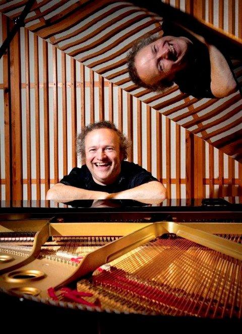TIL PRØYSENHUSET: Pianisten, komponisten og entertaineren Wolfgang Plagge.