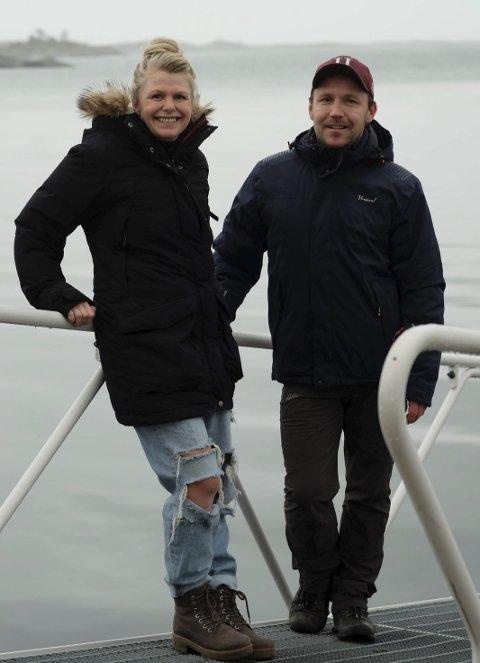 Gründervenner: Nina Noem Hansen og Trond Toftesund er gründerne bak opplevelsesbedriften Kote Null.  Nå går de snart sin andre høysesong i møte. Foto: Siri Fossing