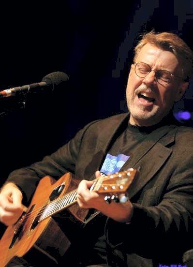 KONSERT: Mikael Wiehe spiller i regi av Odal rockeklubb søndag 19. november.
