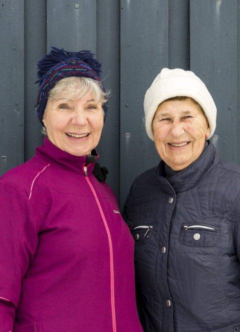 Angrer ikke: Eva Marie Nordby (f.v.) og Turid Larm angrer ikke på at de tok seg en tur i ut.