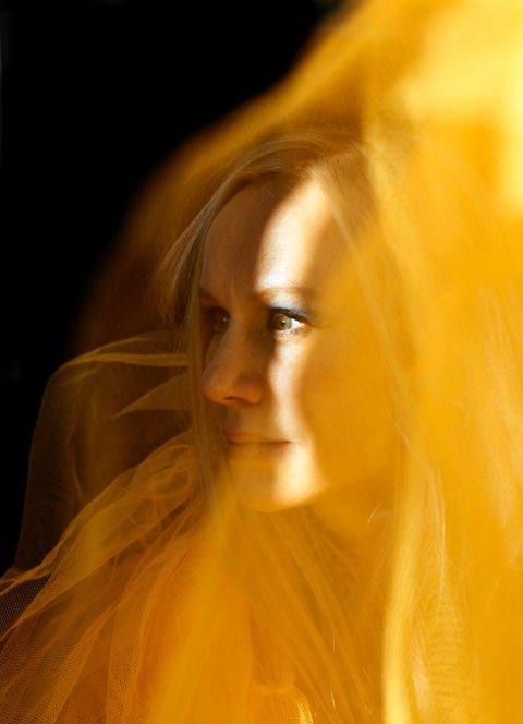 STRÅLENDE KRITIKKER: Susanna er nominert til Spelemann i Åpen klasse for sitt forrige album.