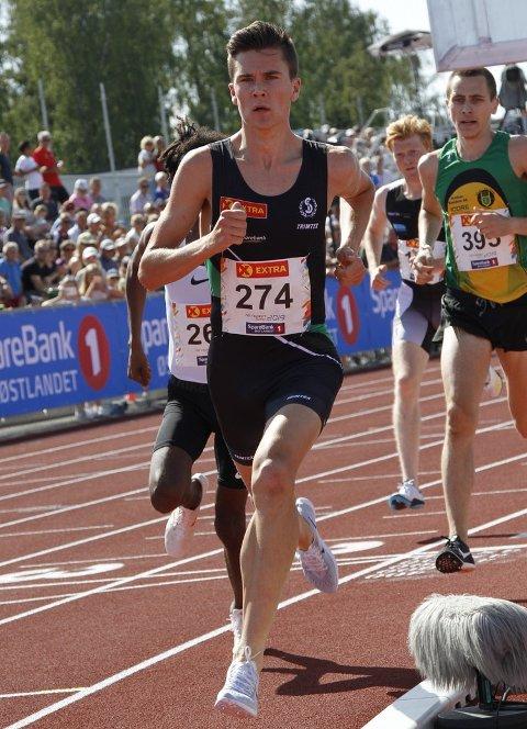 Jakob Ingebrigtsen i aksjon under forsøket på 1500 meter. Han vant distansen klart.