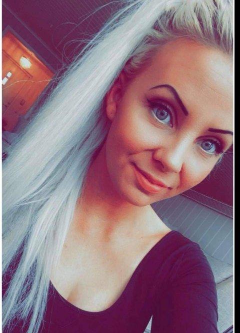 VANSKELIG MARKED: Trebarnsmoren Michelle Angelica sliter med boligjakten i Drammen.