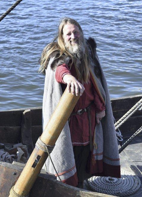 INVITERER BARNA: Geir Røvik tar med barn og voksne med på tur i «Saga Oseberg».